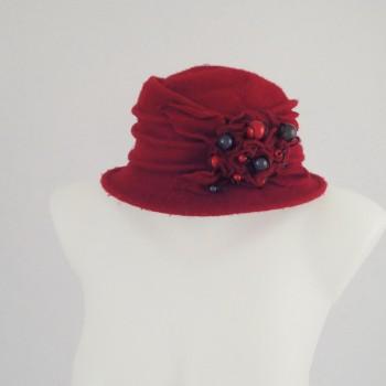 Chapeau rouge 100% laine