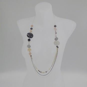 Sautoir multirang et perles noires