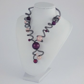 Collier zig zag long rose et prune